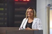 Aline Couto comemora pagamento dos terceirizadas
