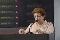 Izabel Montenegro comenta projeto de resolução sobre sessões ordinárias