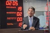 Ozaniel Mesquita denuncia atraso na entrega de insulina