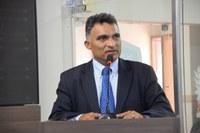 Vereador agradece obras na área de educação em Mossoró
