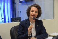 Vereadora Isolda Dantas denuncia falta de professor na Zona Rural