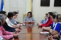Vereadores acompanham mães de diabéticos em reunião com prefeita Rosalba Ciarlini
