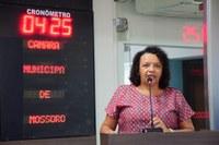 Aline Couto defende respeito a parada de ônibus