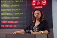 Aline Couto registra reivindicações para o  Conjunto Santa Júlia e imediações