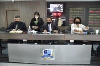Plenário aprova projetos em sessão extraordinária