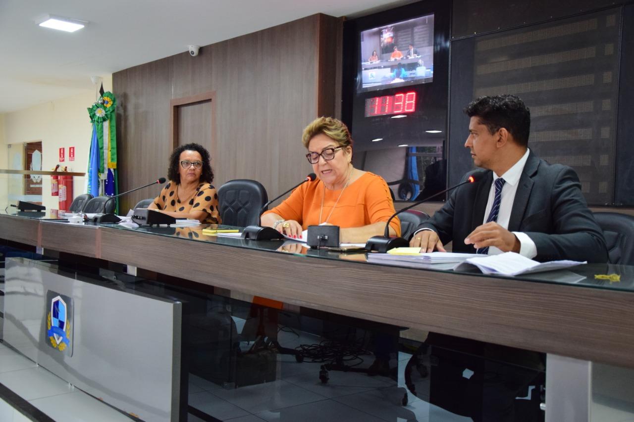 Comissão aprova eleição direta para diretores de escolas
