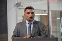 Francisco Carlos planeja agenda positiva em favor da educação