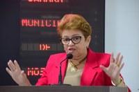 Izabel Montenegro alerta para boatos políticos em rede sociais