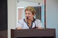 Izabel comemora superintendência da Caixa e reforço da PRF