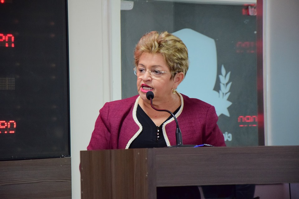 Izabel Montenegro se indigna com interferência na Câmara