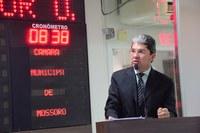 Ozaniel Mesquita defende concurso público na Prefeitura