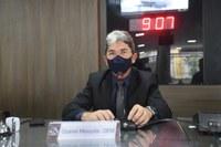 Ozaniel Mesquita parabeniza profissionais que lutaram no combate ao COVID-19