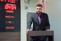 Petras cobra número da Lei que autoriza escola bilíngue de libras em Mossoró