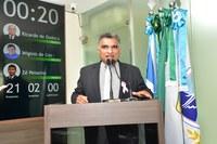 Professor Francisco Carlos cobra retorno das aulas, fala de saúde mental e emendas ao PPA
