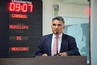 Professor Francisco Carlos reforça alerta contra coronavírus
