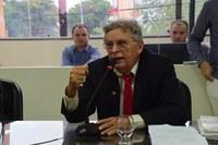 Programa do Leite vai continuar, afirma Gilberto Diógenes