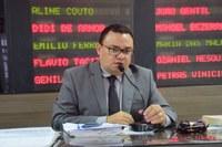 Rondineli Carlos destaca projetos e pede apoio aos seus pares
