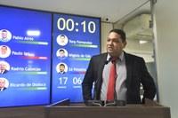 Vereador Omar Nogueira coloca gabinete à disposição da população