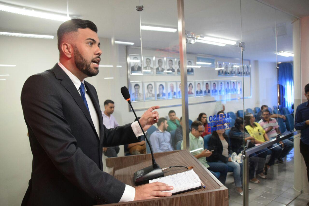 Vereador Petras denuncia dificuldades em Unidade de Educação Infantil