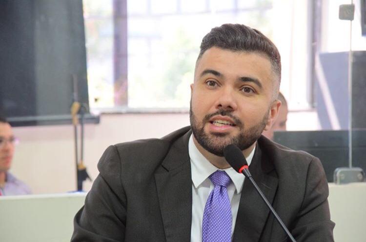 Vereador Petras pede segurança para UBSs