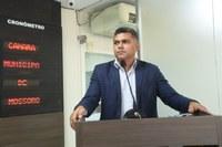 Vereador Tony Cabelos faz discurso de despedida e diz que continua na vida pública
