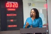 Aline Couto comemora conclusão do Centro de Convivência do Idoso