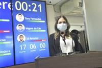 Vereadora Cármem Júlia abre pronunciamentos e agradece confiança de eleitores