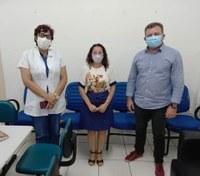 Vereadora Marleide Cunha visita Hospital Regional Tarcísio Maia