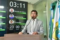 Zé Peixeiro cobra ações da gestão municipal